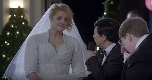 S06E12-Stacy tears