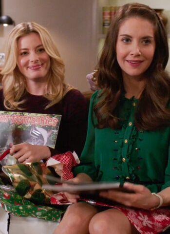 File:Britta Annie in Season Four.jpg