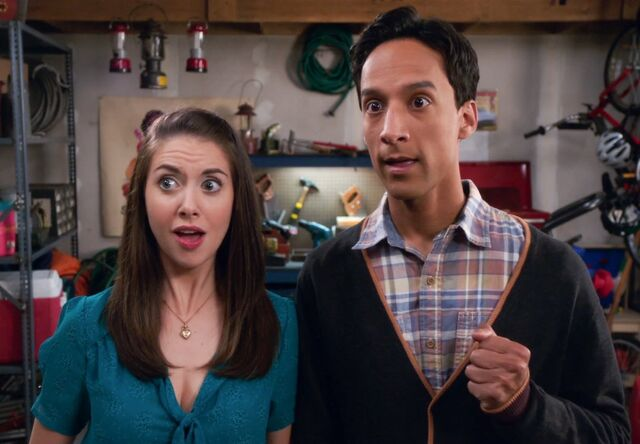 File:Annie and Abed 4x5 1.jpg