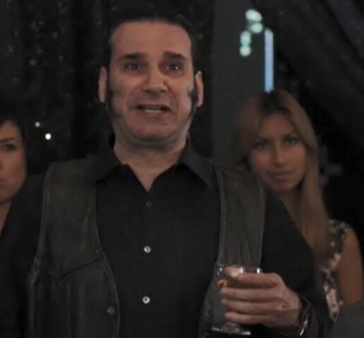 File:S01E25-Star-Burns Tranny Dance.jpg