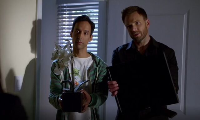 File:S06E01-Jeff and Abed apology flower and screen.jpg