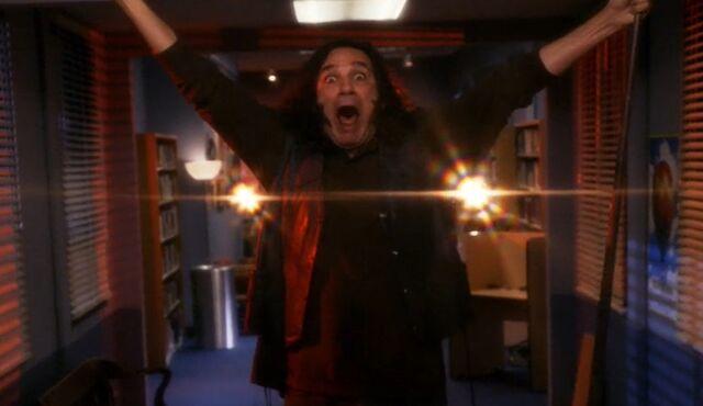File:S05E05-Star-Burns hit by the orb.jpg