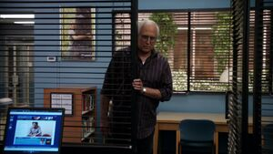 2x14-Pierce enters
