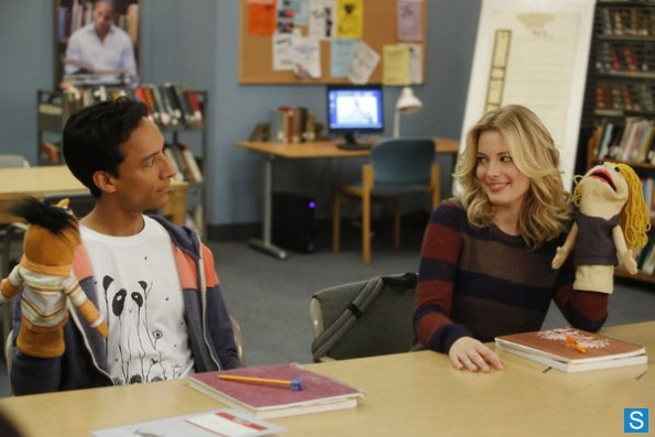 File:Community - Episode 4.09 - Intro To Felt Surrogacy - Promotional Photos (5) 595 slogo.jpg