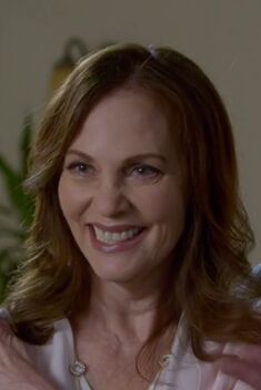 S06E02-Deb Perry
