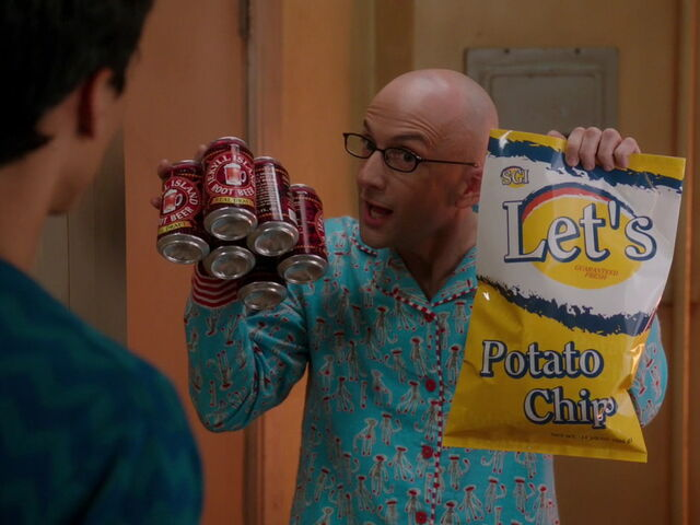 File:3x15-Abed Dean Pelton boys night.jpg