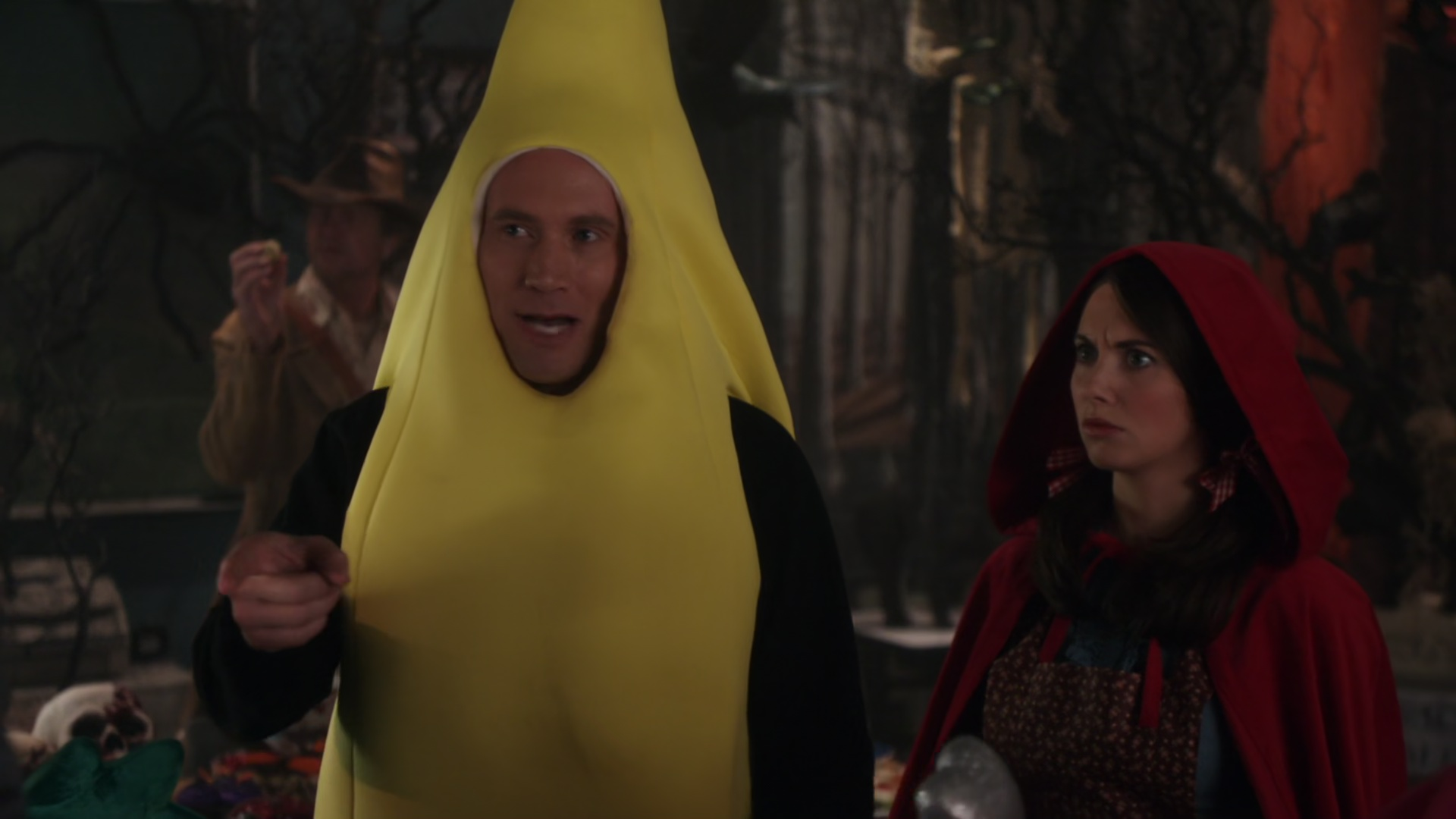 File:2x06-Rich banana Annie.jpg