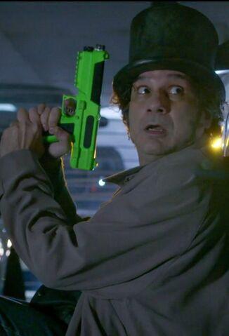 File:S06E11-Starburns last paintball.jpg