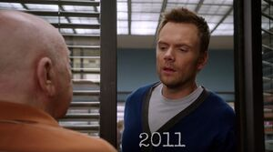S04E04-Leonard gets shut out in 2011