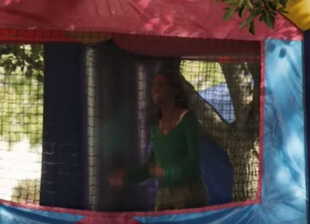 File:S01E18-Abra in bouncy house.jpg