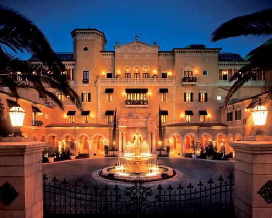 File:The-mansion.jpg