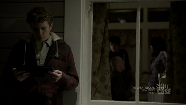 File:1x05 family.png