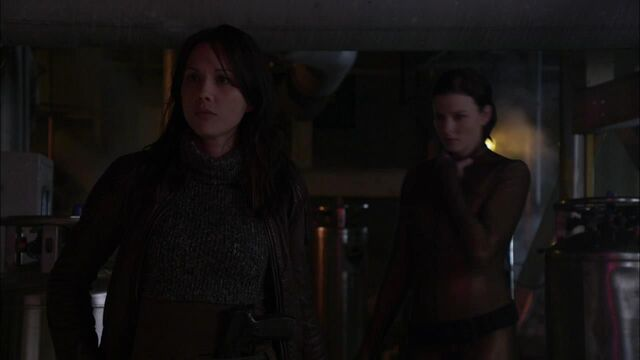 File:1x02 from invisible.jpg
