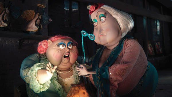 File:Coraline-31-dawn-french-jennifer-saunders.jpg