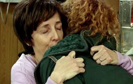 File:Hayley fiz hug.jpg