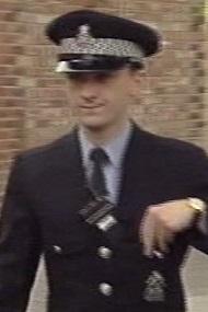 File:Policeman 2958.jpg