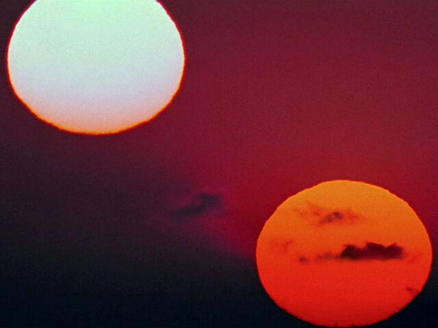 File:800px-Tatooine3.jpg