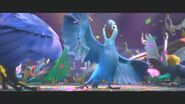 Rio 2 New Year's Eve Clip 20th Century FOX (720p).mp4 snapshot 01.13 -2013.12.27 18.56.12-