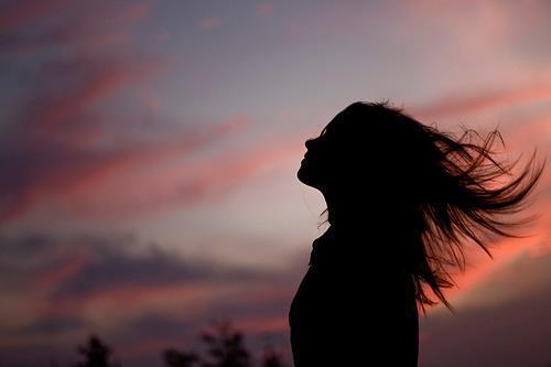 File:Beautiful-woman-silhouette-beach-summer-night.jpg