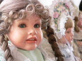 File:3127769172 Porcelain Dolls xlarge.jpeg