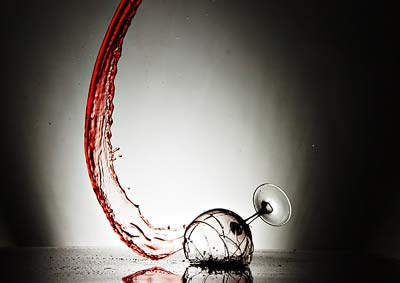 File:Broken wine glass.jpg