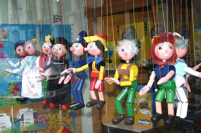 File:Moar puppets.jpg