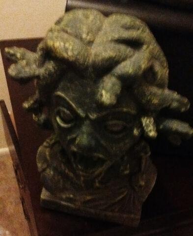 File:Medusa Head.jpg
