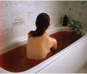 Backbathtubblood-24ba3cb4a7597e2ba857fb778c49d000 m 4610