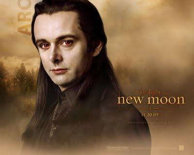 Archivo:Aro-vulturi-new-moon1.jpg