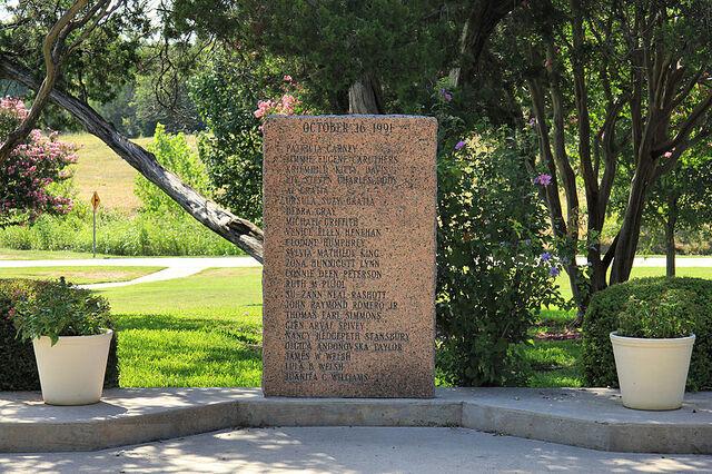 File:Luby's Memorial.jpg