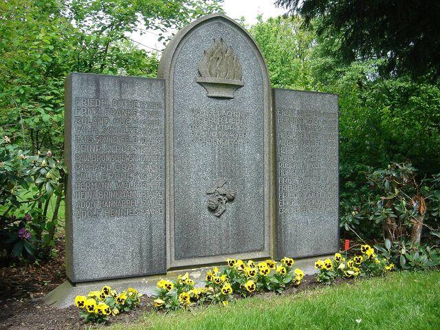 File:Haarmann victims grave.jpg