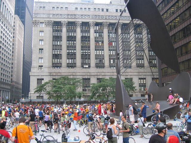 File:Critical Mass Chicago 050826.jpg