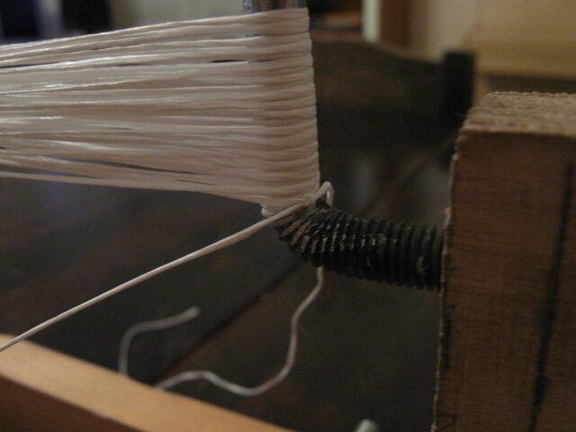 File:Making endless loop strings-1024x768-04.jpg