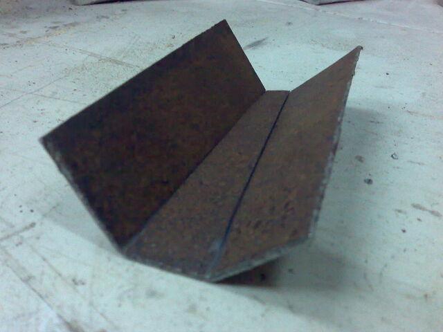 File:Making simple bastard string fasteners-1024x768-05.jpg