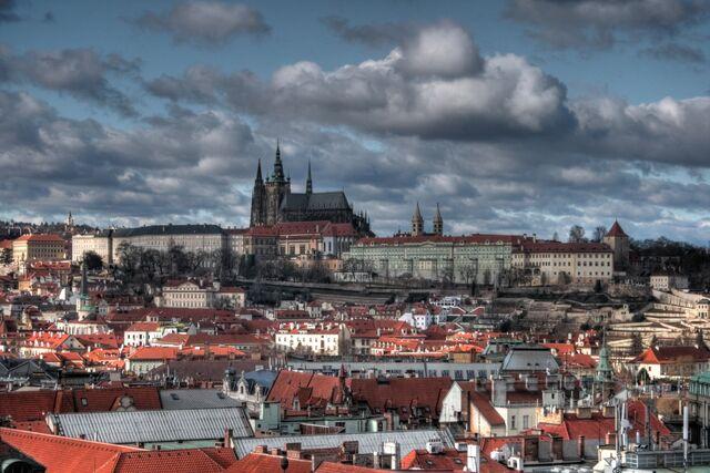 File:Prague02.jpg