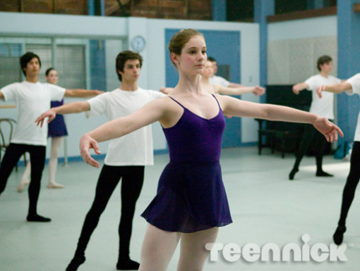 File:Dance-academy-behind-barres-picture-7.jpg