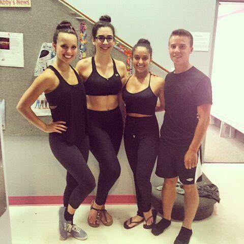 File:Katherine last day of dance with seniors Payton Olivia and Ian.jpg