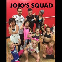 Mark Meismer with JoJo and her tour squad 21April2015