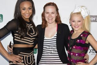 Nia Tiffany Schleigh JoJo Cabaret for a Cause - June 2015