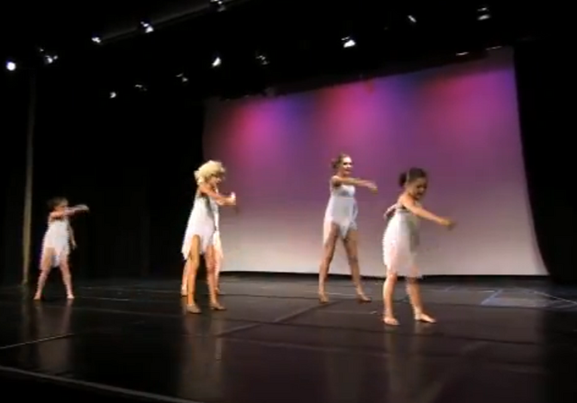 File:Dance Mums 104 group dance 1.png