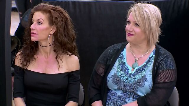 File:527 04.07 - Renee and Liza.jpg