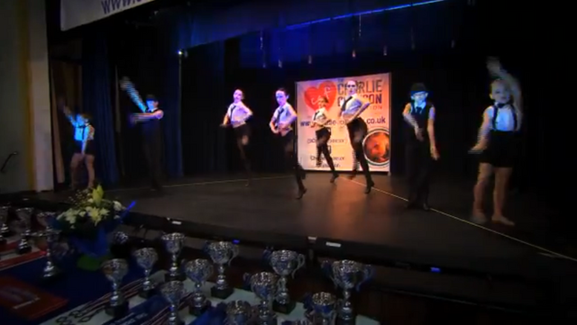File:Dance Mums group 7.png