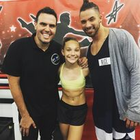 Maddie Ziegler with Angel Armas and Victor Smalley - after class - 2015-07-23