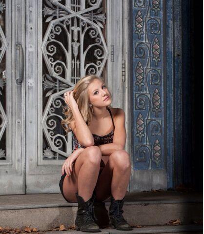 File:Paige photoshoot 2.jpg