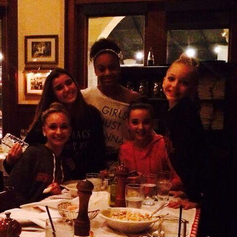 File:SarahReasons birthday dinner with team and BrynnRumfallo.jpg