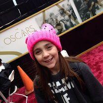 Kaycee at Oscars 2014-03-02