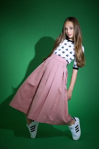 File:Maddie Elle Magazine 11.jpg
