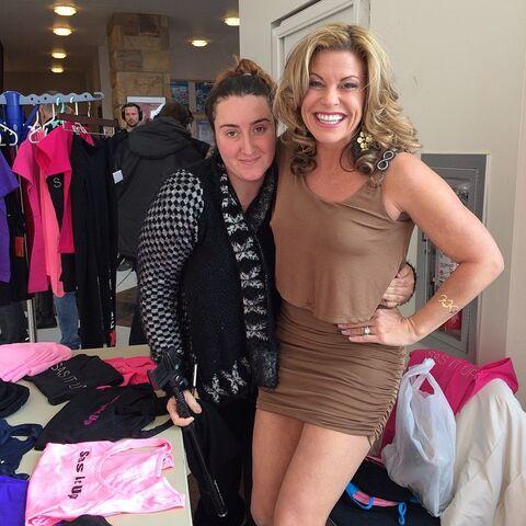 File:Rachelle and DianaK 2015-02-16.jpg
