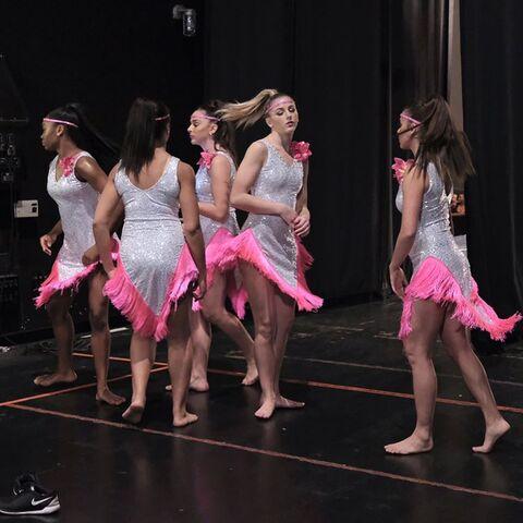 File:724 HQ - Girls rehearsing.jpg