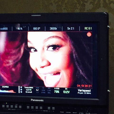 File:Nia in video 2015-02-04.jpg